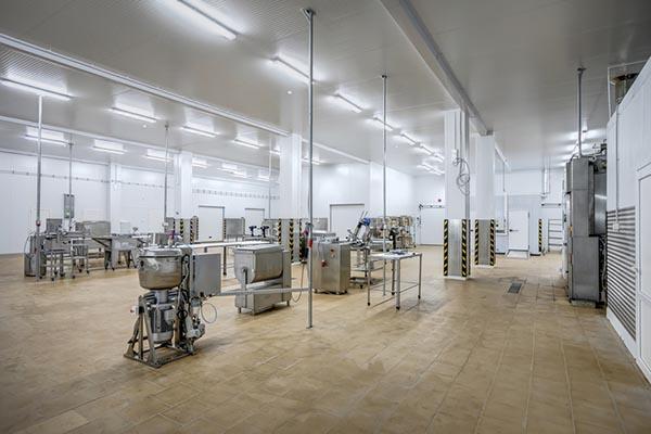 Новый завод по переработке свинины будет открыт в США